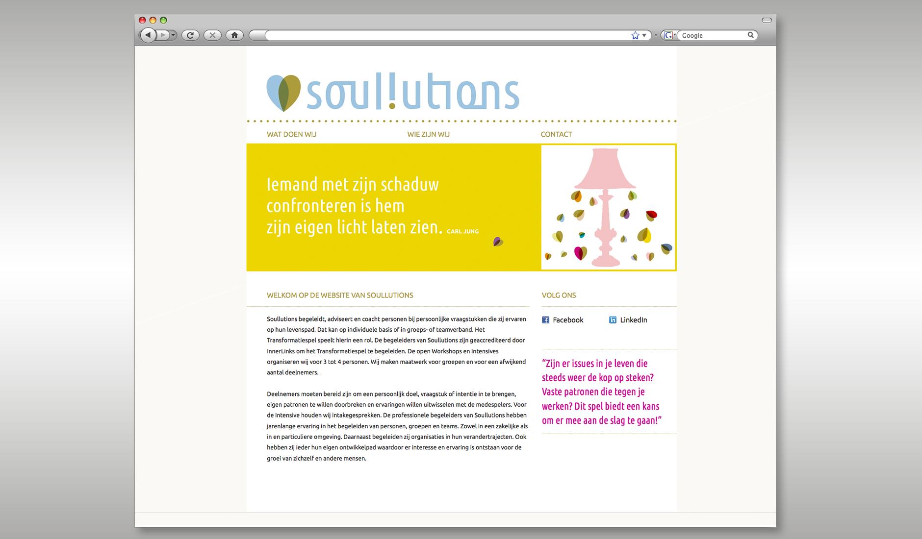 """Ontwerp website Soullutions. Op de pagina een schemerlamp en een citaat: """"Iemand met zijn eigen schaduw confronteren is hem zijn eigen licht laten zien - Carl Jung""""."""