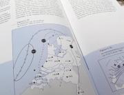 Ontwerp voor weerkaarten uit 'Weerzien op de Wadden'.